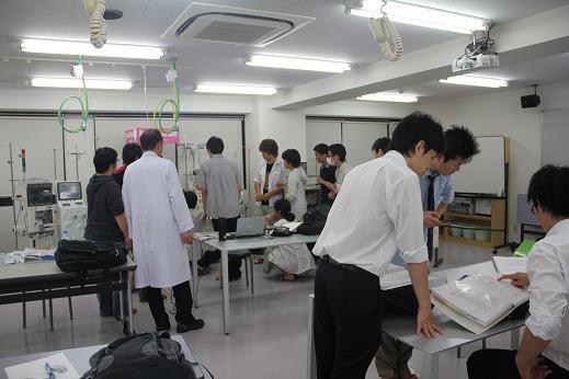 東京医薬専門学校画像