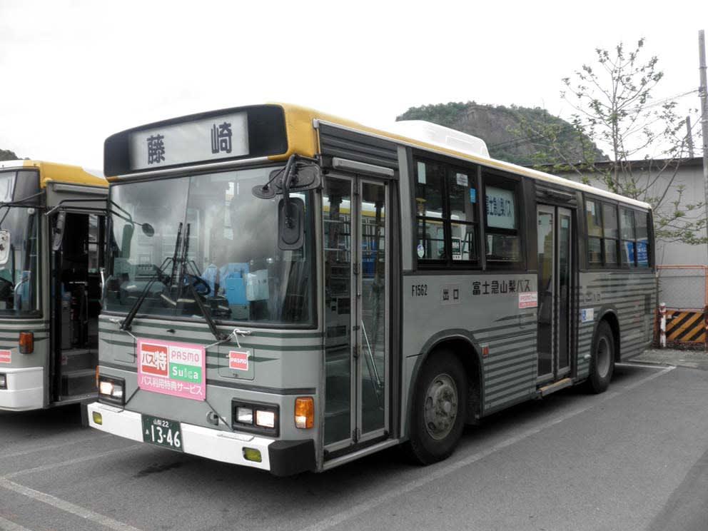 今月MAKIKYUが山梨県内へ出向き、富士急行線に乗車した際には、JR線... 富士急山梨バスの