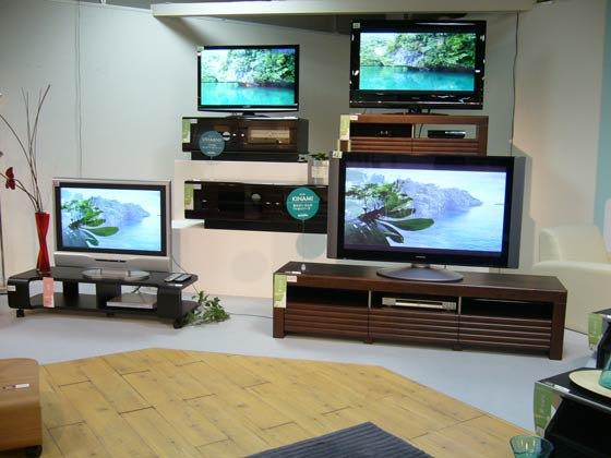 白井産業と言えばかっこいいテレビ台です