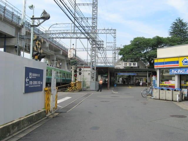 京阪淀駅京都方面駅舎