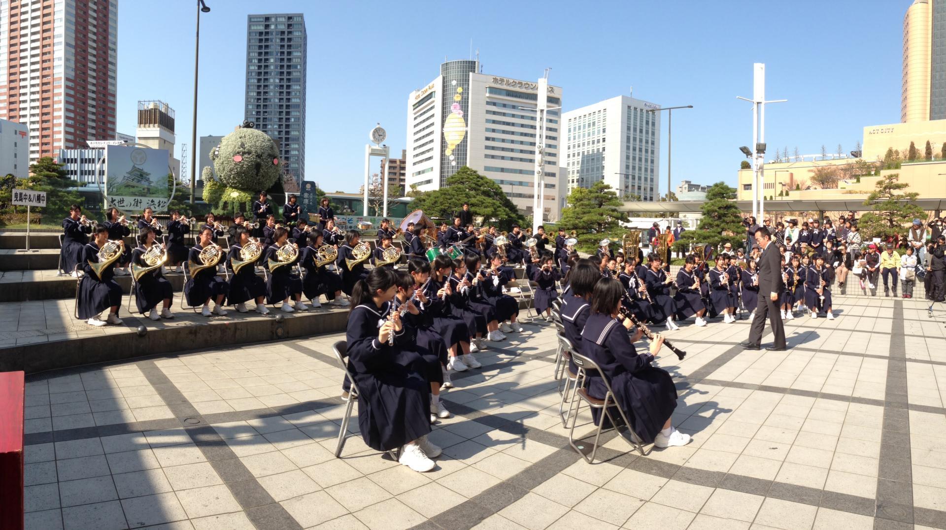 プロムナードコンサート - こんにちは!浜松市立曳馬中学校の ...