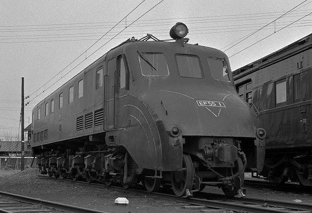 EF55高崎留置時代 - 機関車回想 : 日本の電気機関車のまとめ。 - NAVER まとめ