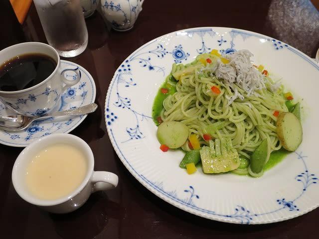 春野菜と釜揚げシラスのジェノベーゼセット