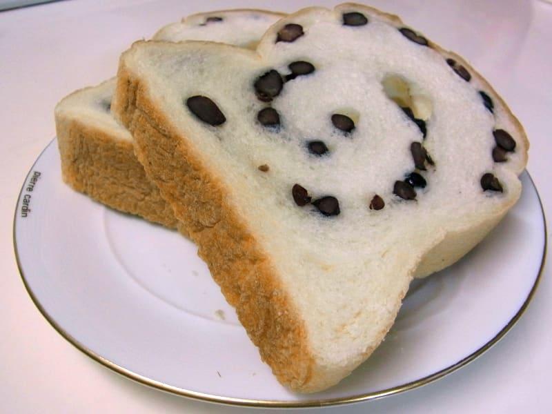 06月22日 あずき食パン
