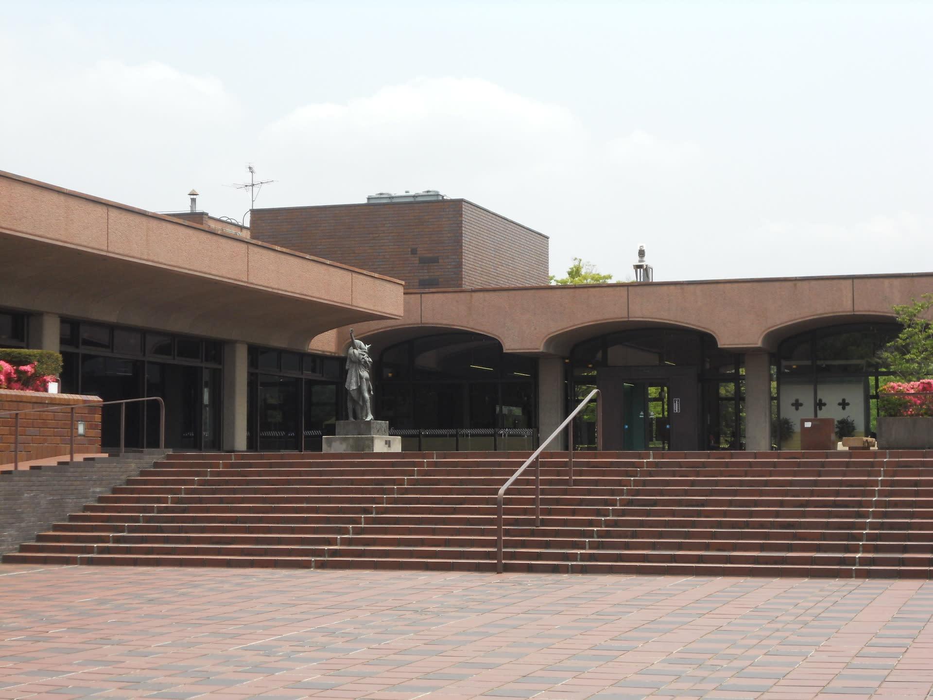 福岡市美術館 - Fukuoka Art Museum - JapaneseClass.jp