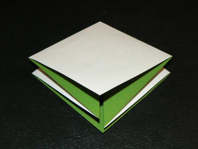 すべての折り紙 箸入れ 折り紙 : ①四角十文字に折り目をつける ...