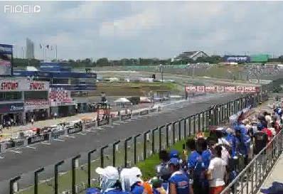 鈴鹿8耐の2周目