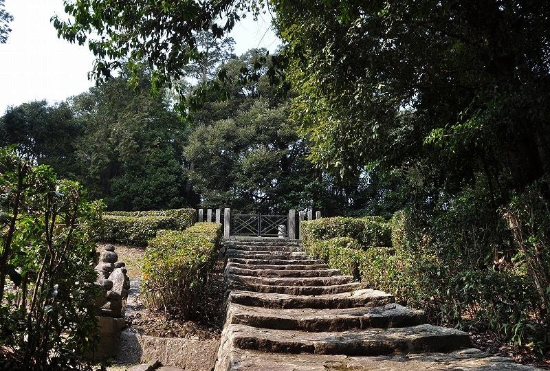 中宮寺宮墓