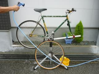 自転車の 自転車 洗い方 水 : ... すれば水を掛けて洗剤を洗い