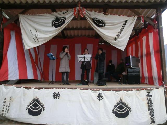 神社の舞台