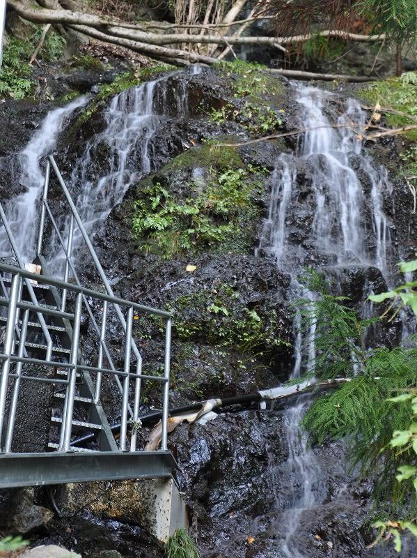 大迫の滝上段