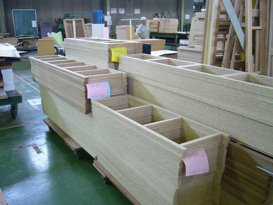 家具の工場です 家具の中の部材です