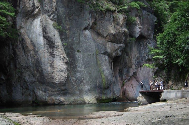 片品渓谷・般若岩