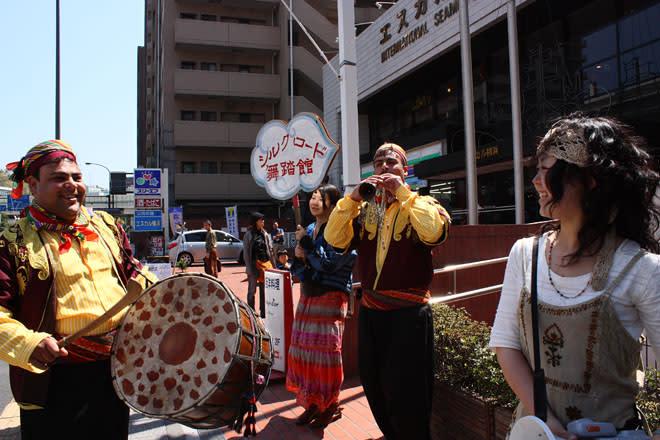 090409_street_musicians