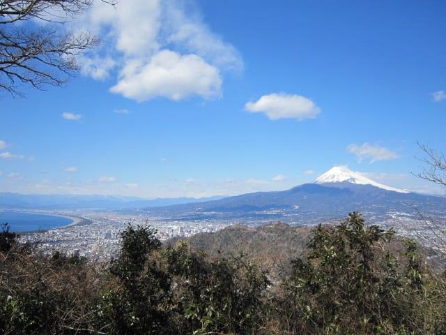http://blogimg.goo.ne.jp/user_image/27/84/42c779197f08de9587500aeb94c655a9.jpg