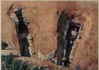 発掘時の石室