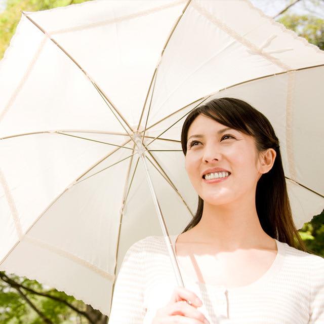 「日傘と言えば白」がもはや都市伝説である理由