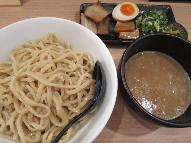 超濃厚魚介豚骨つけ麺(大盛)