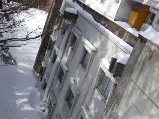 新聞にも負けない氷の柱
