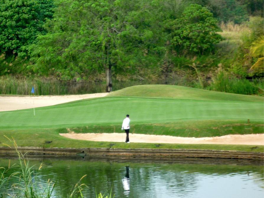 ゴルファー*ガイ*~命を賭けたタイゴルフ一人旅「運は天にあり」