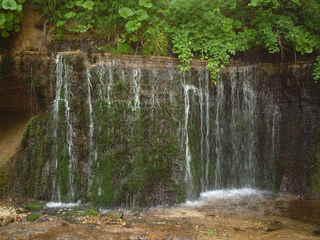 白糸の滝></a><a href=
