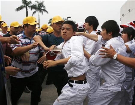 中国ホンダのストライキ労働者の...