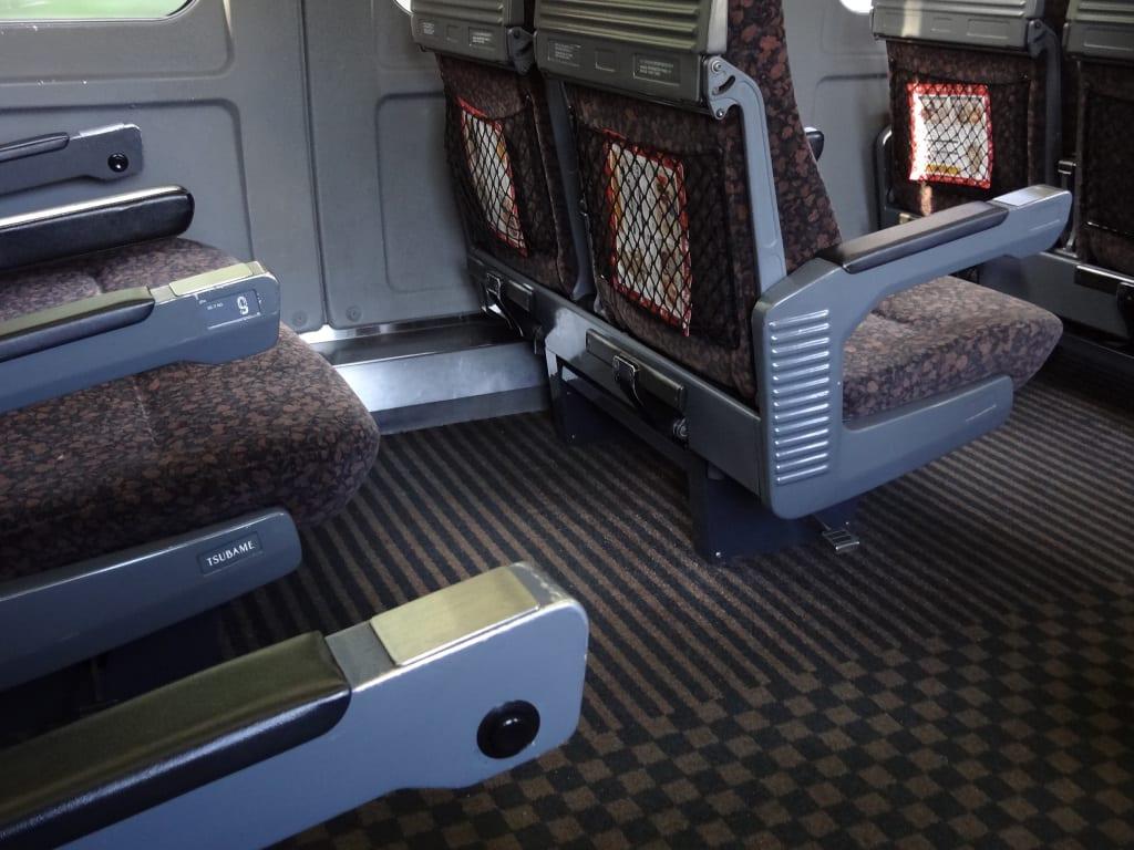 787系特急「かもめ」車内