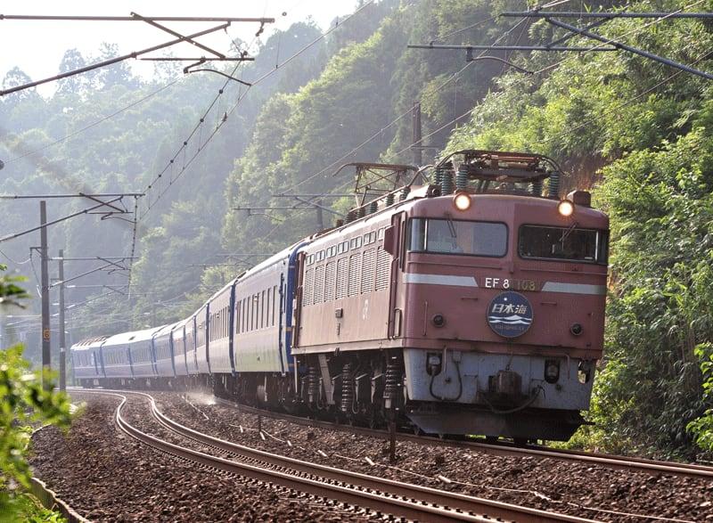 『鉄道』 ジャンルのランキング ランキングに参加中。クリックして応... 寝台特急日本海の撮影紀