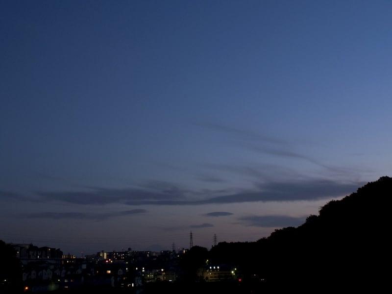 05月22日 夕闇と富士山