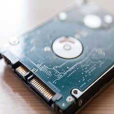 古いパソコンのデータ。どのように処分するのが安全?