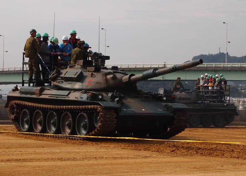 74式戦車の画像 p1_23