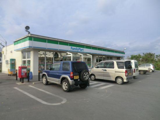 続きまして、ココストア「宮古松原南店」台風のためか店の看板が見当... 沖縄島を中心に発信・・・