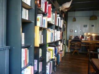 アール座読書館