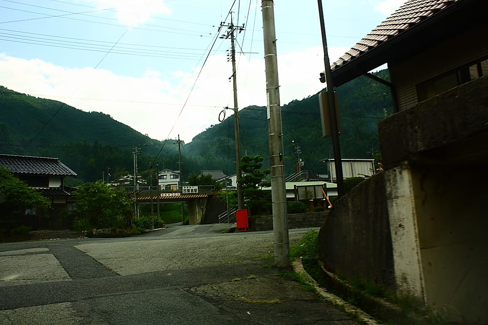 西粟倉村にご一緒しましょう♪ 道中案内編 その2-1 ~あわくらタヌキから西粟倉駅まで~ - 『ようこそ♪西粟倉村へ ~観光案内~ 』 ←クリックするとTOPページをご覧頂けます♪