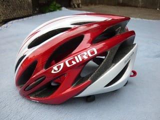 ヘルメット GIRO SAROS - Kinoの ...