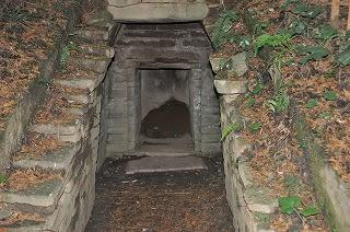 花山西塚石室