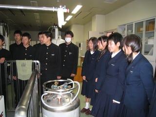 八幡南高等学校制服画像