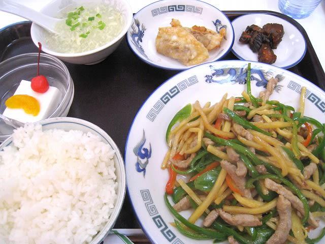豚肉とピーマン炒め定食
