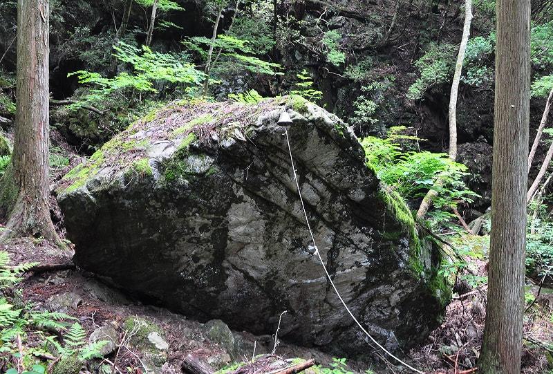 御船の滝大岩