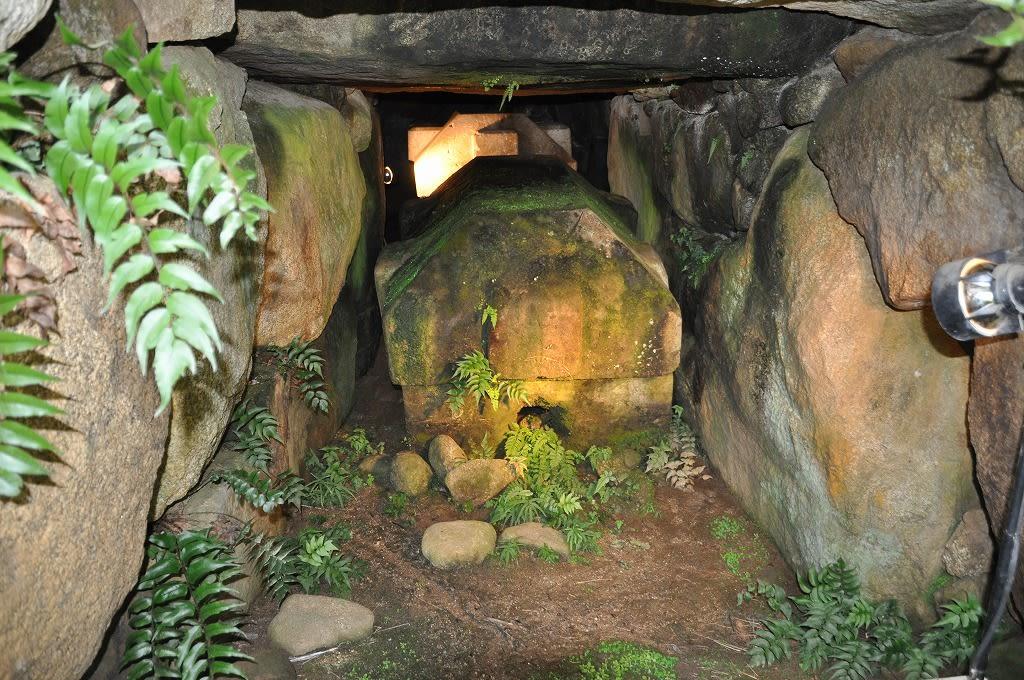 金山古墳北丘石棺