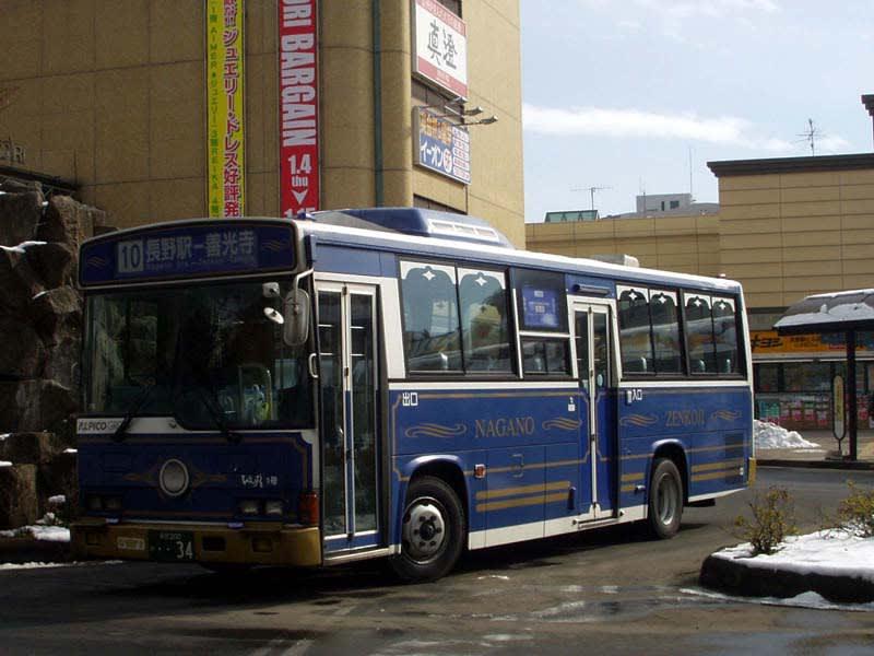一月ほど前にMAKIKYUは長野へ出向き、昨年末に運行開始したばかりの長... 川中島バス「びん