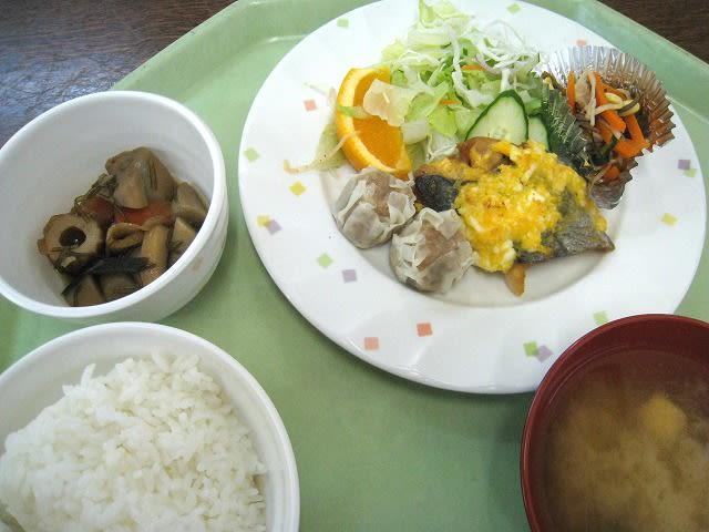 B定食(ほき黄金焼)