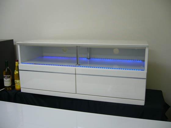 LEDライト付きテレビ台(ホワイト)