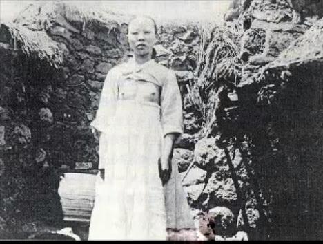 【韓国】国の伝統衣装まで偽物だとは!韓国のチマチョゴリがいいかげん過ぎる[8/12] [無断転載禁止]©2ch.net->画像>103枚