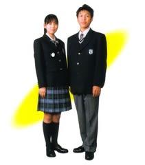 尾道高等学校制服画像