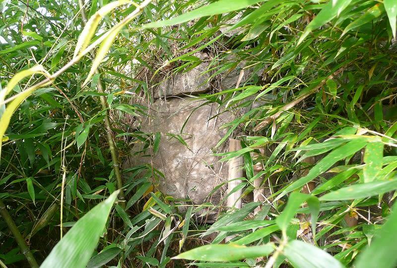 椿井北古墳石材