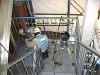 外階段(北側)・新規部材組み付け