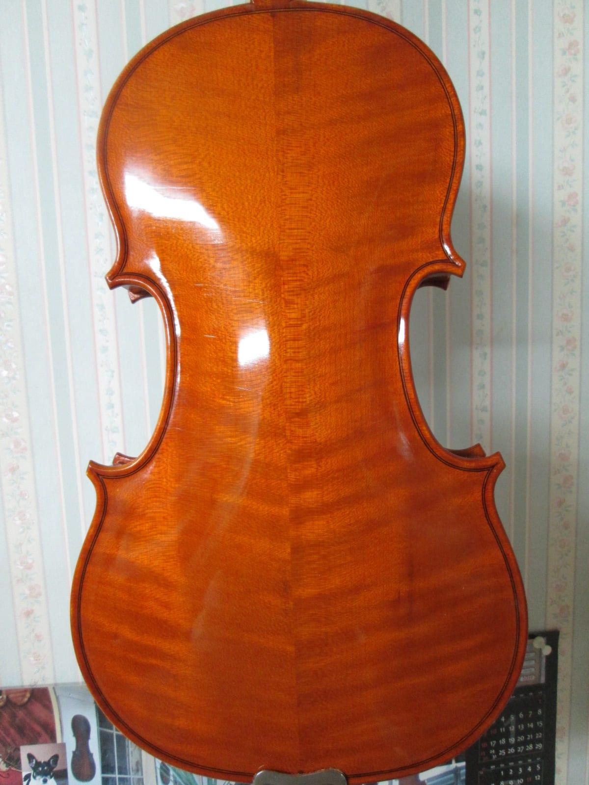 A stradivarius 1714 soil sam okubo for Soil 1714 stradivarius