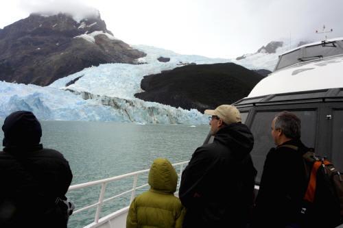 南米アルゼンチン・ウプサラ氷河ツアー、スペガッツィーニ氷河