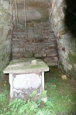 2号墳石室